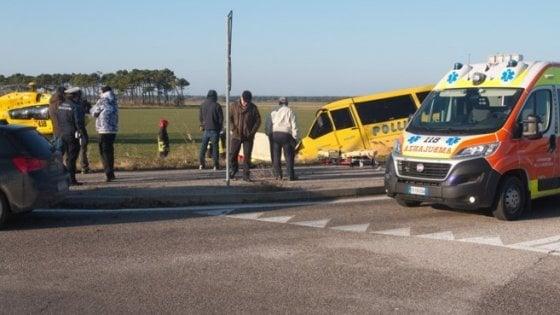Ravenna, scuolabus fuori strada: muore l'autista