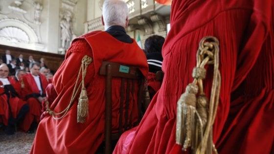 Bologna, sessanta magistrati contro le politiche sull'immigrazione