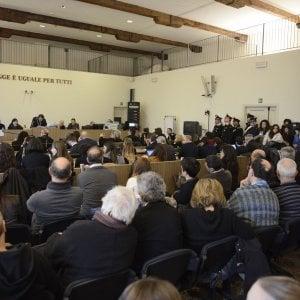 """Processo bis strage di Bologna, Cavallini in aula: """"Denuncio i parenti delle vittime"""""""