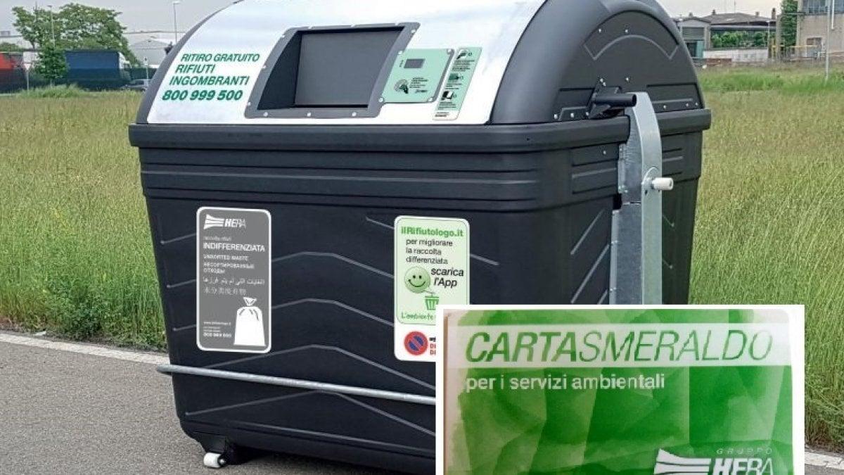 Box Per Bidoni Spazzatura bologna, cambia la raccolta dei rifiuti: cassonetti per l