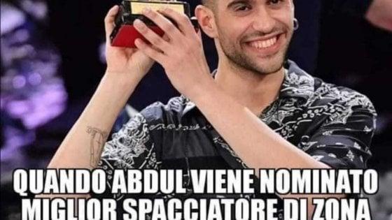 Sanremo, Mahmood irriso nel post su Facebook di un'esponente reggiana di Fi