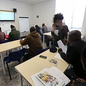 Seimila esami di italiano truccati in tutta Italia per il permesso ...