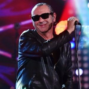 """Che ci fa Luca Carboni al festival del giovane pop italiano? """"Il mio linguaggio è attuale"""""""
