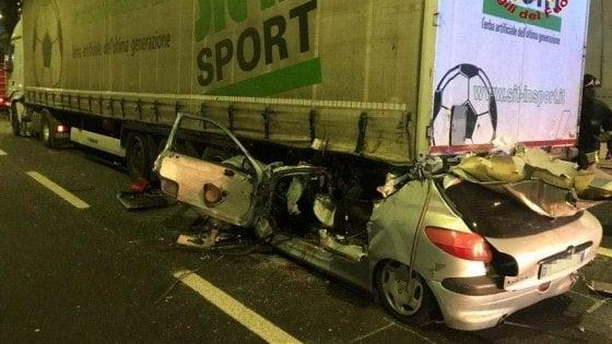 Bologna, tamponamento sull'A1: muore 25enne