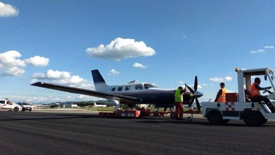 Aeroporto chiuso per due ore a Bologna: un Piper privato ha avuto difficoltà nell'atterraggio