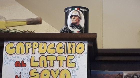 Bologna, Filicori Zecchini chiude i rapporti col bar che serve il caffè col Duce sulle bustine di zucchero