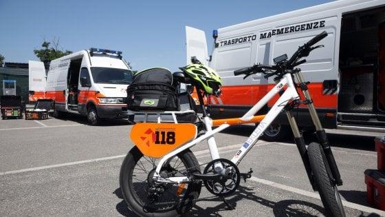 Bologna, allo stadio le nuove biciclette sanitarie del 118