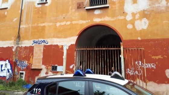 Bologna, ragazza trovata morta all'ex Staveco