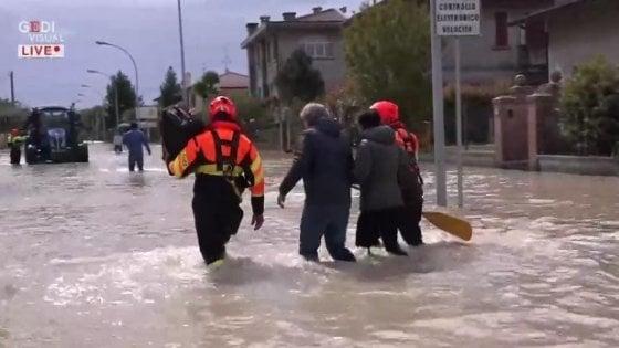 A Villafranca 200 case allagate dopo l'esondazione del Montone. In 36 ore 100 millimetri di pioggia