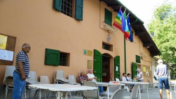 Bologna, la svolta dei centri sociali per anziani: arrivano le case di quartiere
