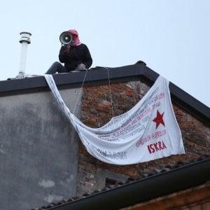"""Striscione anti-Salvini, denunciato settantenne di Carpi: """"Grida sediziose"""""""