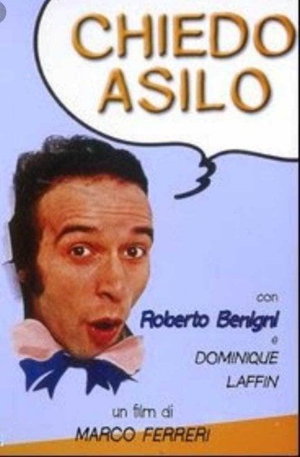 """L'album di """"Chiedo asilo"""",  foto di classe con Benigni"""