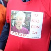 """Da Bologna l'appello del liceo Copernico per la prof sospesa: """"Bussetti revochi il..."""