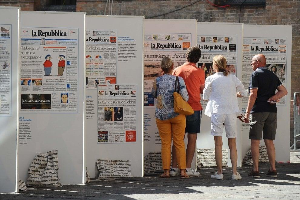 Il debutto a Bologna di Repubblica delle idee: fotoracconto