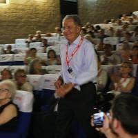 """""""Ottanta!"""". Per Romano Prodi la festa è al cinema"""