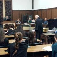 Sedicenne suicida a Forlì: assolti i genitori in appello