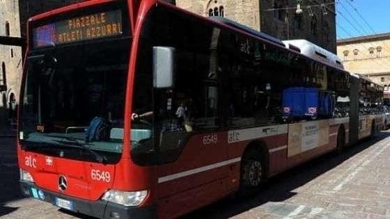 Caro bus a Bologna: biglietto a un euro e mezzo