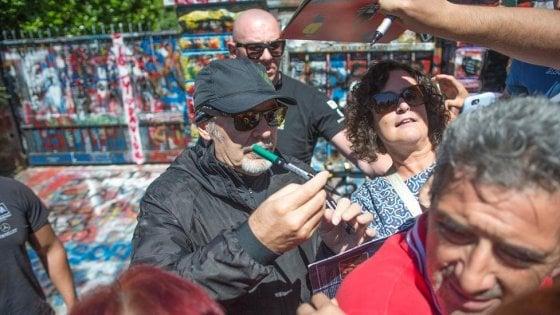 """I fan di Vasco assediano Zocca. E il sindaco chiede aiuto: """"Mandatemi più agenti"""""""