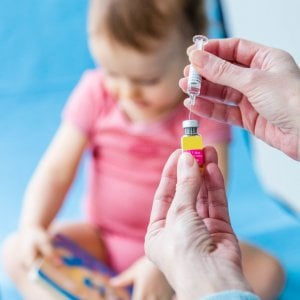 Vaccini, il Comune spedisce sms agli 86 bimbi non in regola