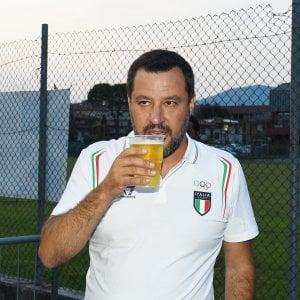 """Salvini: """"Nigeriano con esplosivo libero, vergogna"""". La Corte Europea: """"Perché parla di terrorismo?"""""""