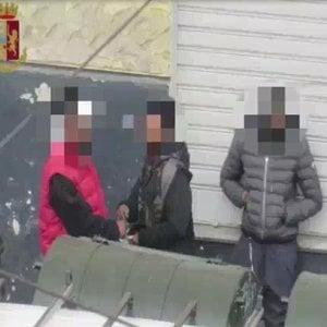 Mafia nigeriana, restano in carcere i fermati a Bologna