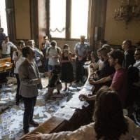 Bologna, scontro su Xm24: sospeso il consiglio comunale
