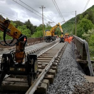Lavori sulla linea Bologna-Prato, niente treni da Pianoro in poi