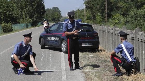 """Ravenna, ciclista travolto e ucciso; la giovane al volante parla di """"blackout mentale"""""""
