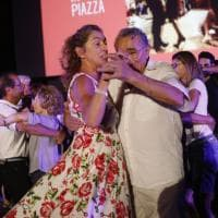 Bologna, la Filuzzi in piazza: che festa sul Crescentone