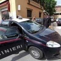 Bologna, madre scappata coi tre figli dalla casa famiglia: erano in piscina
