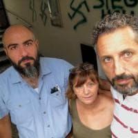 Svastiche sulla casa della segretaria Pd di Guastalla