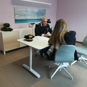 Imola, minaccia la ex con un coltello: arrestato