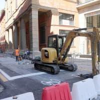 Bologna, lavori in via Castiglione: deviate cinque linee di autobus