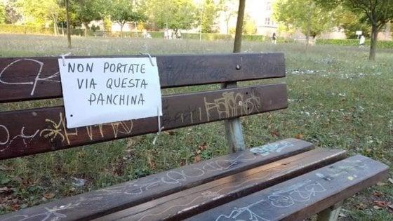 Panchine Da Giardino Bologna.Ferrara La Soluzione Antispaccio Della Giunta Leghista