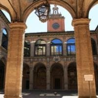 Ateneo Bologna, annullato il concorso per un posto da ordinario pagato dalle