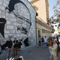 A Bologna un murale dedicato a Umberto Eco