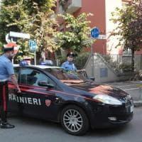 Reggio Emilia, botte e abusi in famiglia: 12enne salva la madre denunciando