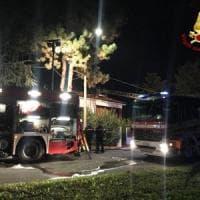 Incendio a Casalecchio, fiamme in uno stabile