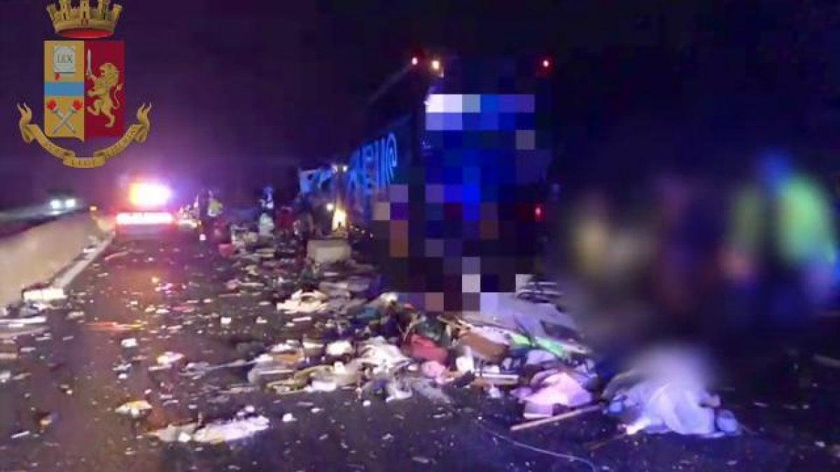 Grave incidente sull'A13 tra Bologna Interporto e Altedo: famiglia distrutta