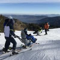 Condividere la passione per lo sci: al Cimone riparte il corso per accompagnatori