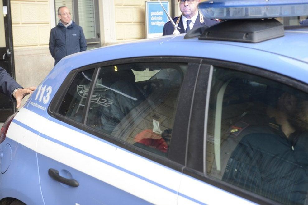 Donna accoltellata sul Frecciarossa, l'aggressore preso alla stazione di Bologna