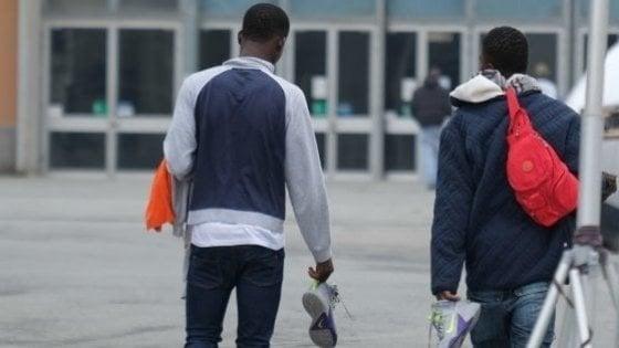 Malalbergo, la destra se la prende per l'arrivo di 16 migranti