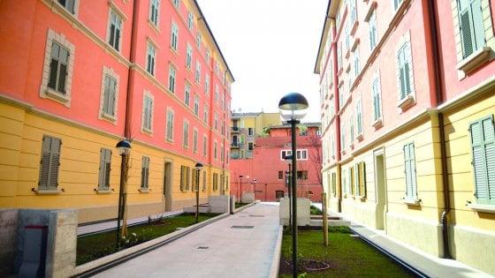 Bologna, case pubbliche agli stranieri, Fdi fa la lista nera