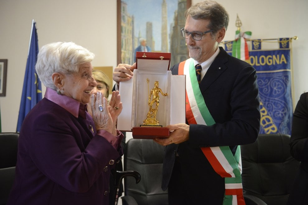 """Nettuno d'oro ad Adriana Lodi: """"Occupandosi di donne e infanzia ha onorato la città di Bologna"""""""