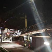Bologna, crolla una parte della Croce dell'Osservanza: è stata rimossa