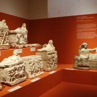 La civiltà che seppe unire l'Italia: a Bologna viaggio alla scoperta degli Etruschi grazie a 1400 reperti