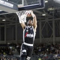 Basket, disordini durante Reggio-Virtus: 22 daspo