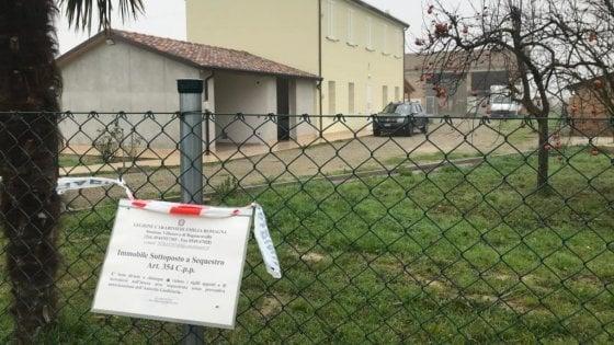 Ravenna, mamma di due bimbe strangolata. Arrestato il marito