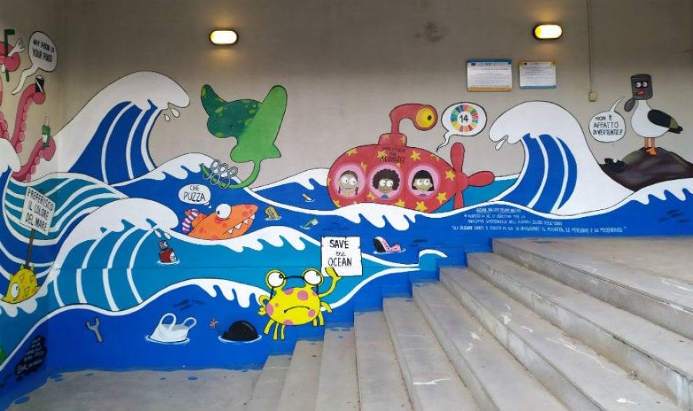 Scuola Bologna, il murales ambientalista dei bambini delle Cremonini Ongaro
