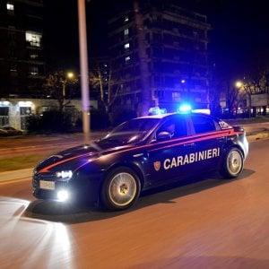 Techno a palla contro l'insonnia, i carabinieri gli staccano la luce